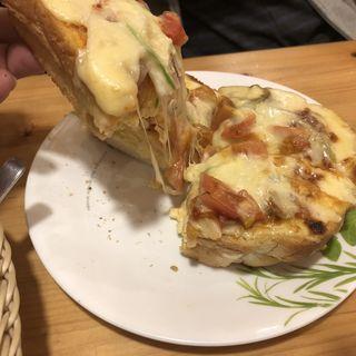 たっぷりたまごのピザトースト(コメダ珈琲 川崎南加瀬店)