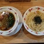 醤油つけめん(太麺)