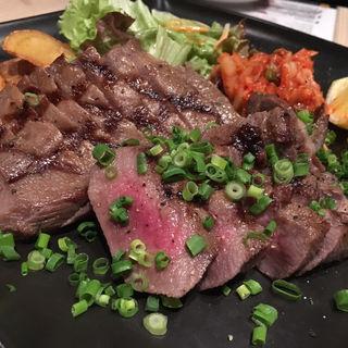 牛たんグリル(牛たんダイニング ブルズ キッチン (牛たんDining Bulls Kitchen))