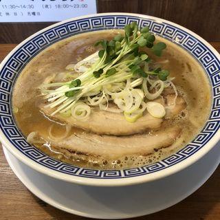 純鶏白湯(麺や マルショウ 豊中本店)