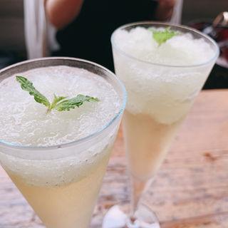 レモンのグラニテ&スパークリングワイン(BISTRO TORICOYA)