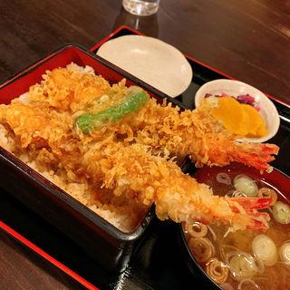 天丼(甲州ほうとう小作 甲府駅前店)