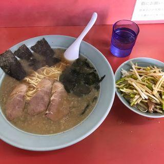 ラーメン中  ネギライス(ラーメンショップ飯島順勝 )