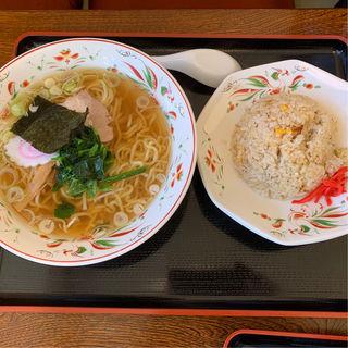 Bセット(醤油らーめん+半チャーハン)(らーめん処次男坊 )
