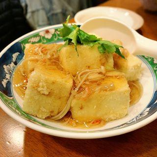 揚げ出し豆腐のカニあんかけ(いろは寿司 中目黒目黒川沿い店 )