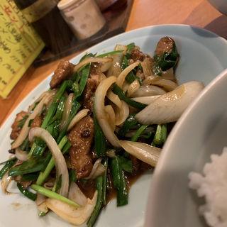 ニラレバ炒め定食(珍萬21)