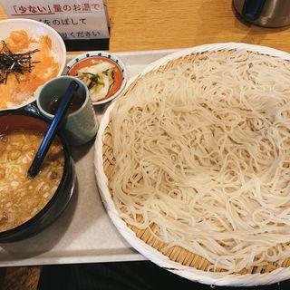 稲庭うどん大(七蔵 (ななくら))