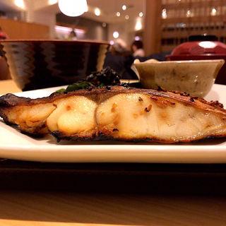 沖目鯛の醤油麹漬け炭火焼き定食(大戸屋 仙台エスパル店 )