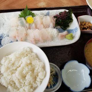 平目の刺し身定食(永田ドライブイン )