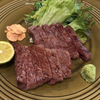 牛ステーキ(大地と海のめぐみ 魚 (だいちとうみのめぐみ ぎょっ))
