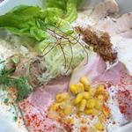 三種のチャーシュー味噌らぁ麺