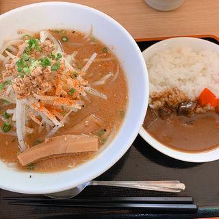 味噌ラーメン&ミニカレー(金成パーキングエリア(下り線))