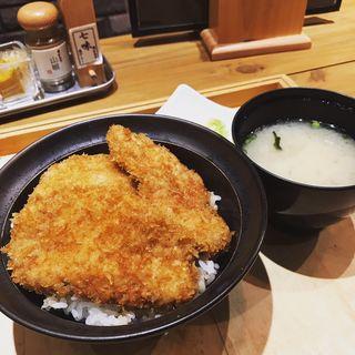 ミニかつ丼(新潟カツ丼 タレカツ 神保町すずらん通り店)