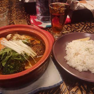 煮込みラムバーグ(野菜15品)(スープカレー しゃば蔵)