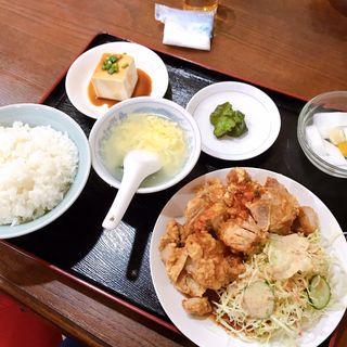若鶏唐揚げの四川風ソース定食(日日紅 )