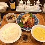 鶏肉と彩り野菜の甘辛炒め定食