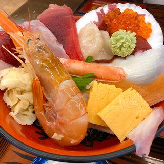 海鮮丼(和風レストラン やまさ (ヤマサ水産本店))