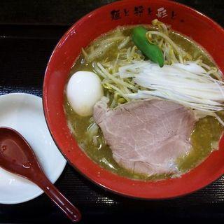 カレーらーめん (麺屋彩々 昭和町本店)