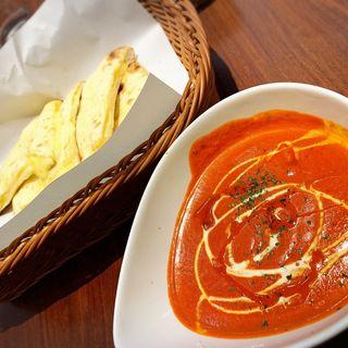 選べるナンセット(炭火焼チキン+チーズナン)(アバシ 新宮店)
