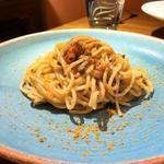 キノコ ケッパーを入れたタラコのスパゲティ