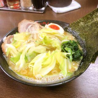 ラーメン(横浜らーめん 壱八家 スカイビル店 (よこはまらーめん いっぱちや))