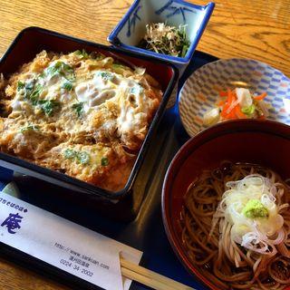 かつ丼(賛久庵 (さんくあん))
