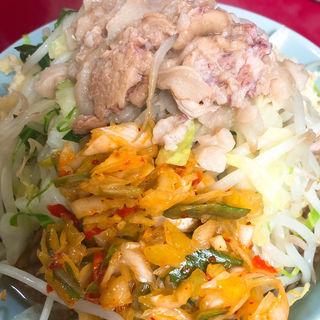 小ラーメンにんにく、野菜、脂、灼熱(ラーメン二郎 中山駅前店 )