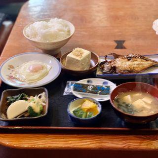 あじの干物定食(らんぷはうす (ランプハウス))