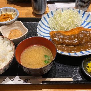 ロースカツ カレーかけ(ひさご )