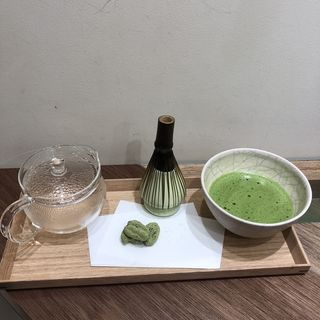 MATCHA EXPERIENCE(抹茶体験)(THE MATCHA TOKYO 新宿)