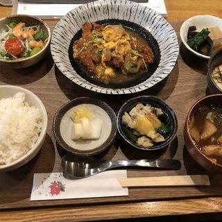 かつ煮定食(あぶり処 武蔵 (アブリドコロムサシ))