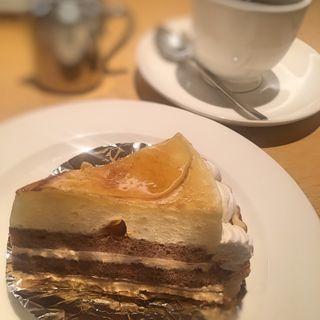 ケーキ(ドリンクセット)(サン・フカヤ 新天町本店 (Sun FUKAYA COFFEE&CAKE))