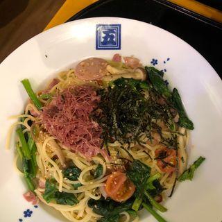 腰塚コンビーフとほうれん草の醤油バター(大盛り)