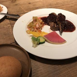 牛肉のグリル 玉ねぎと赤ワインのソース(Park side tables)