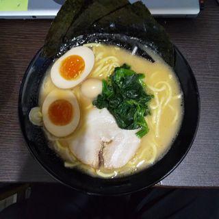 味玉ラーメン(秋津商店 )