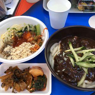 ジャジャン麺&ミニビビンバ