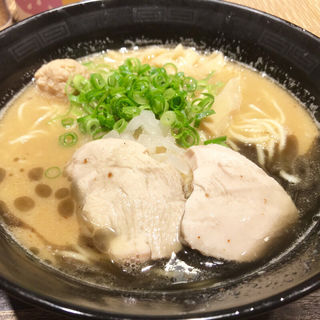 焦がしニンニク鶏白湯そば(麺匠 黒春晴)