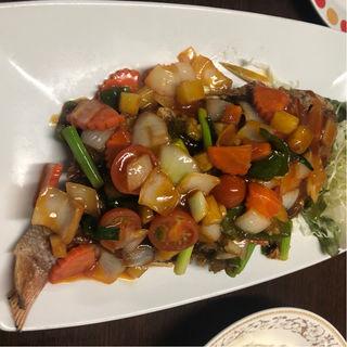 プラーサムロット 魚の甘辛酸っぱ炒め(タイーヤータイ (THAI-YA-TAI))