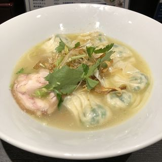 白湯ワンタン麺(鶏と鯛のラーメン 白湯製人)