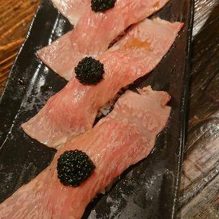炙り肉寿司featキャビア(ニクアザブ 恵比寿店 (NIKUAZABU))
