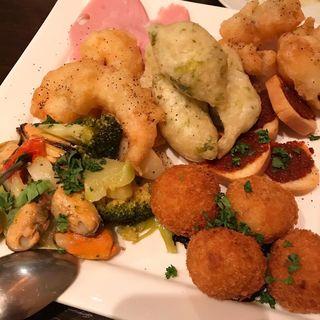 前菜7種盛り合わせ(イタリア食堂 Bungo)