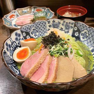 限定 鴨と煮干しの抹茶そば(八咫烏)