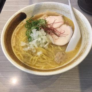 濃厚鶏白湯らーめん(麺匠 桂邸 (メンショウ カツラテイ))