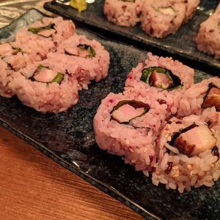 燻製鴨肉巻き寿司、燻製豚バラ巻き寿司(醸造酒&燻製 十)