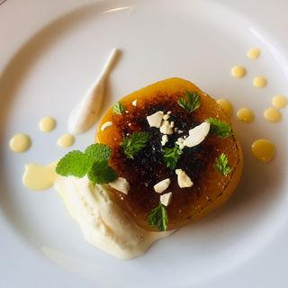 平種なし柿のキャラメリゼw/バニラアイスクリーム
