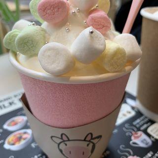 盛り盛りホットいちごミルク(MILKLAND HOKKAIDO→TOKYO ミルクランド北海道)