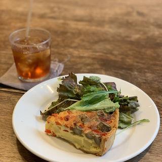 野菜タルト