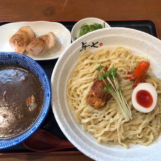 カレーつけ麺 大盛(与七 )