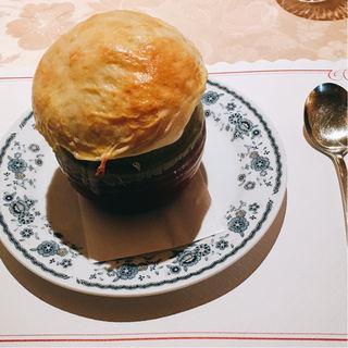 豚肉のストロガノフ風クリーム煮入り 大きなつぼ焼き(スメターナ )