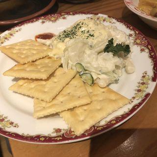 ポテサラ(魚屋スタンドふじ子)